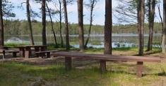 Pēcsesijas svinības - Atpūtas pasākums ar teltīm brīvā dabā pie Asaru ezera, Garkalnes novadā